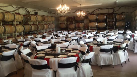 New Prague, MN: Wedding in the Barrel Room