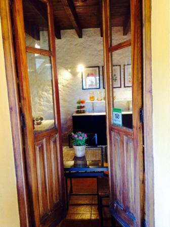 Hidden Valley Andalucia: View to breakfast room