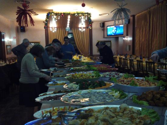 Pasturago, Italien: vasto buffet