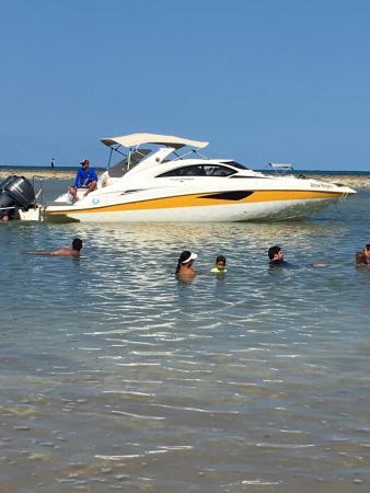 Hermosa Playa Con Piscinas Naturales Con Arrecifes Con