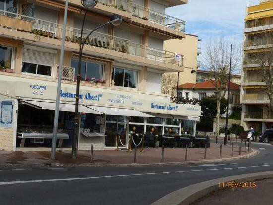 vu de l exterieur picture of restaurant albert 1er antibes tripadvisor