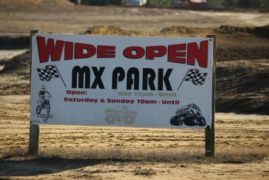 Raeford, Carolina del Norte: This is a great dirt bike track for beginners or expert riders!