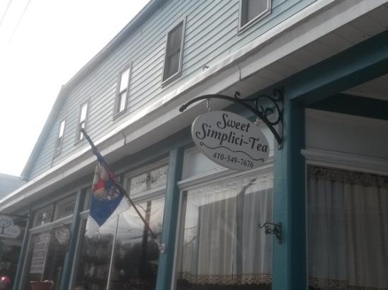 Sweet Simplici-tea: Store exterior
