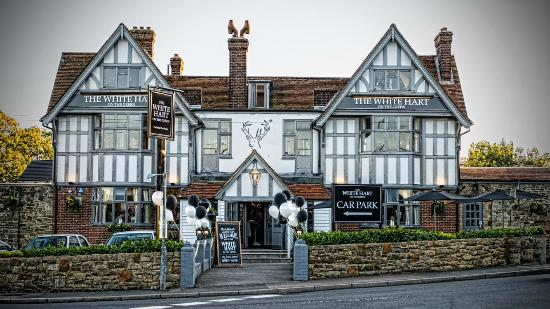 The White Hart on the Green