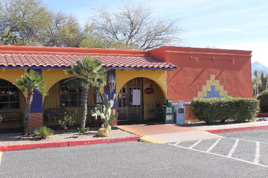 the 10 best restaurants near desert diamond casino sahuarita in rh tripadvisor com