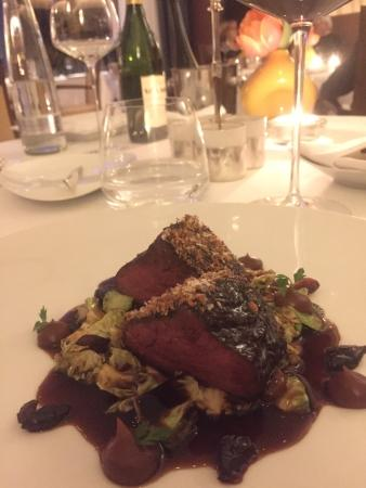 Le Ciel Berchtesgaden: Wonderful fine dining in this Michelin star restaurants - go for the 7 courses !!  Great service