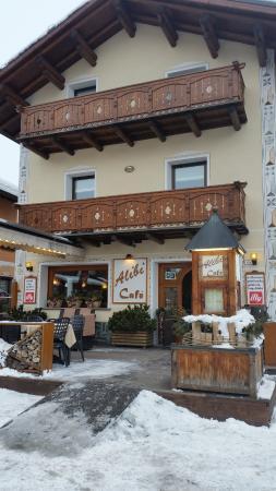 Alibi Cafe