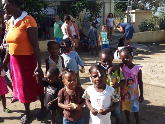 Bayahibe, Dominik Cumhuriyeti: visite d une école
