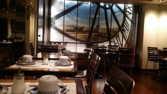 hotel waldorf montparnasse paris: