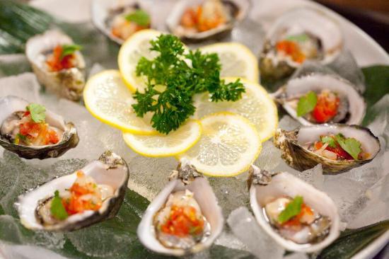 Mikuni Japanese Restaurant And Sushi Bar: Shigoku Oysters