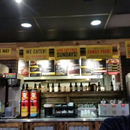 Dickey's Barbecue Pit: 20160215_173905_large.jpg