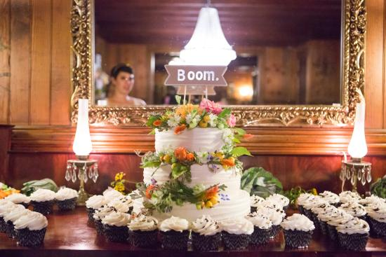 Andes, estado de Nueva York: Wedding Cake
