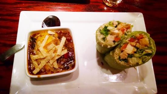 Red Robin America's Gourmet Burgers and Spirits: wrap and chili