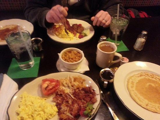 Hennessy's Pub: Full Irish Breakfast