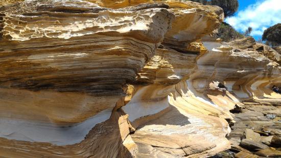 Tasmania, Australia: Painted cliffs