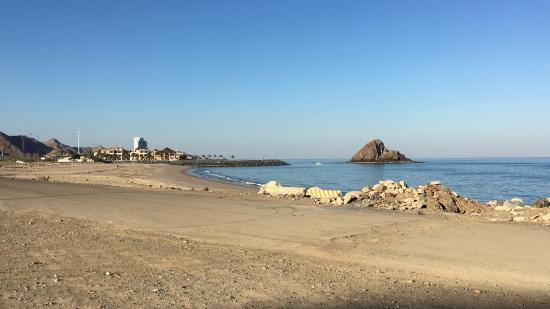 Dadna Beach