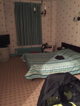 hotel moderne bully les mines frankrijk foto s en reviews tripadvisor