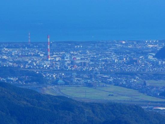 Mukabakino-taki: 延岡市街も眺望できます