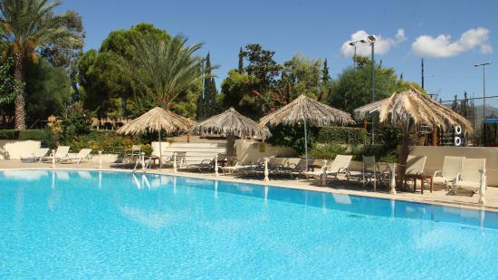 Isthmia Prime Hotel : Pool