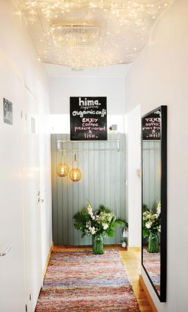 HIMA Organic Cafe