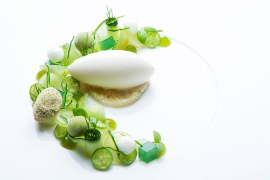 Tiger-Gourmetrestaurant: Herbstsalat – süß / sauer Kürbis-Strukturen I Chicorée I Rollgerste I Ingwerbier