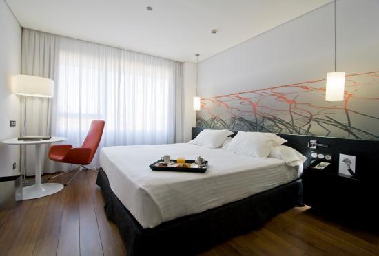 악소르 바라자스 호텔