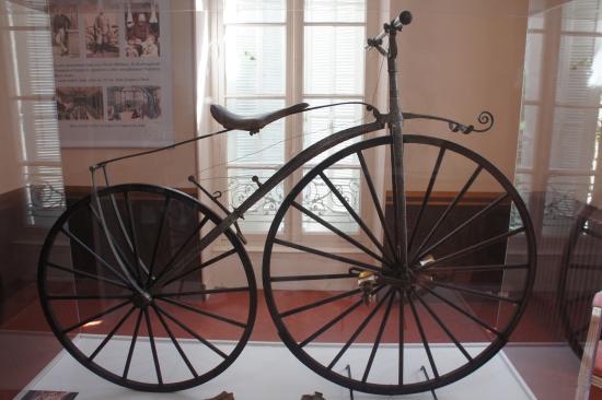 Musee de la Moto et du Velo