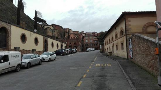 Siena, Italië: Strassenansicht