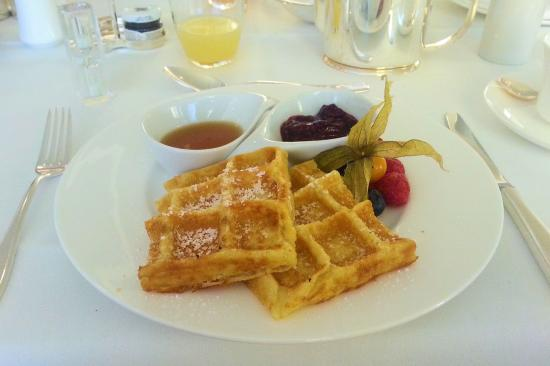 Waldorf Astoria Berlin: Breakfast / Frühstück