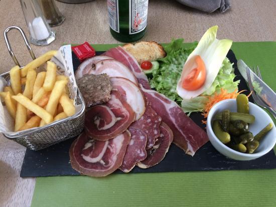 Bourbourg, Frankrig: Excellente brasserie. Lorsqu'en déplacement sur Dunkerque c'est toujours une adresse à laquelle