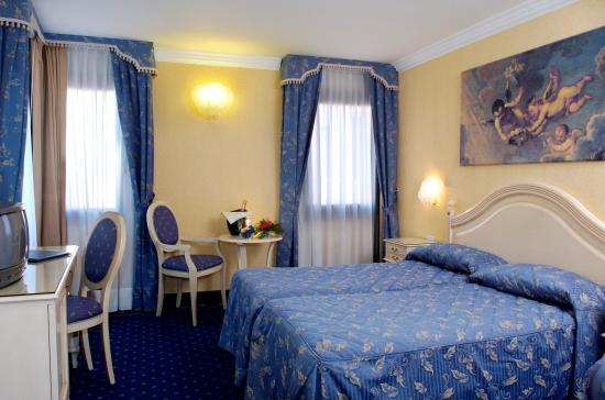 Hotel Ca' Formenta: Triple Room
