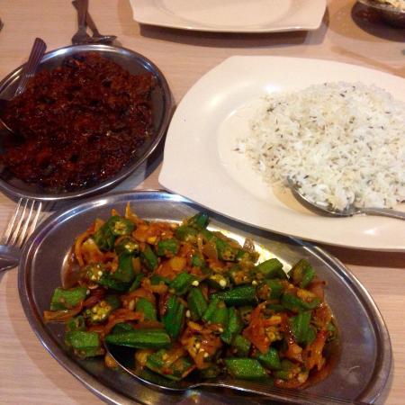 D 39 aman northern indian cuisine kuala lumpur restaurant for Aman indian cuisine