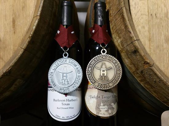 Burleson, TX: Sunset Winery boasts many award winning wines.