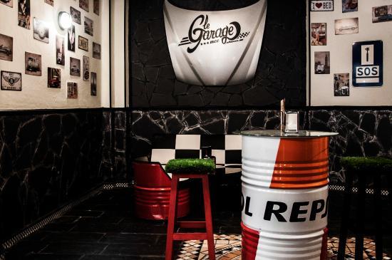 Le Garage Motor Club Cafe