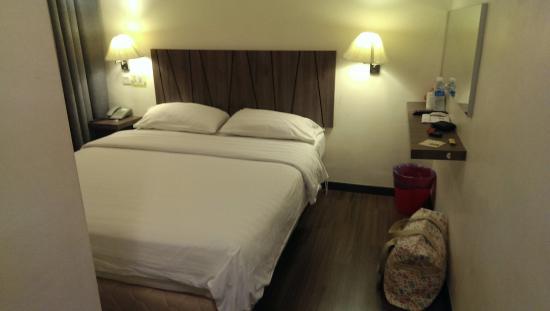 โรงแรม 9 สแควร์