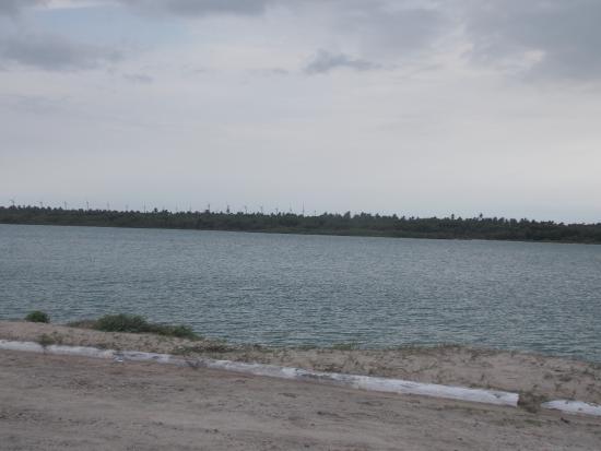 Acarau: Aqui a tranquildade do braço do rio Acaraú.