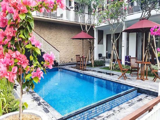 Dewi villa padangbai bewertungen fotos preisvergleich for Swimming pool preisvergleich