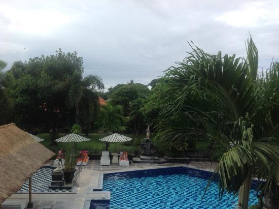 Inna Sindhu Beach: Pool