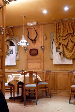 Paris, Frankrike: Chez Clement-champs Elisèe