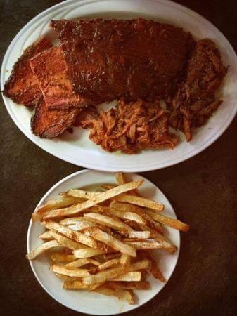 โคเบิร์ก, แคนาดา: Sizzle BBQ Restaurant