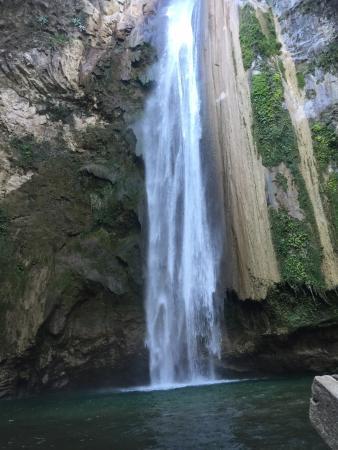 Cascadas Y Cabañas De Aconco