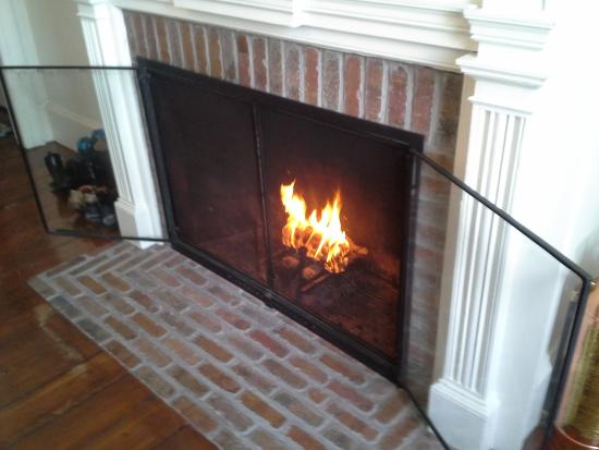 The Rogers Harrison House: Enjoy a cozy breakfast fire on cold days!