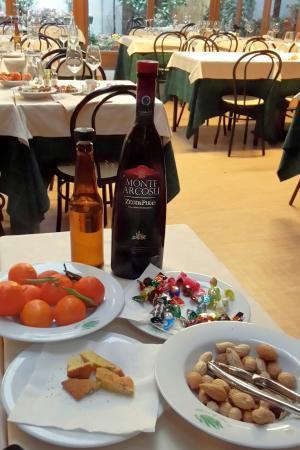 Canne al Vento: Grappa e Mirto di Sardegna, dolci della casa