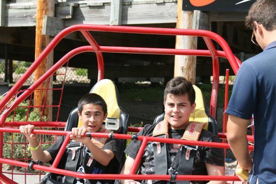Mt. Olympus Water & Theme Park: bebo and gordo