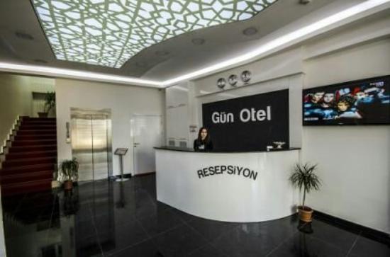 Gun Hotel