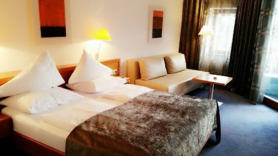 Hotel Goldenes Schiff: BeautyPlus_20160213172702_save_large.jpg