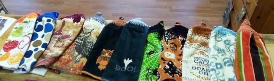 The Five Sisters, LLC: Hand Towels