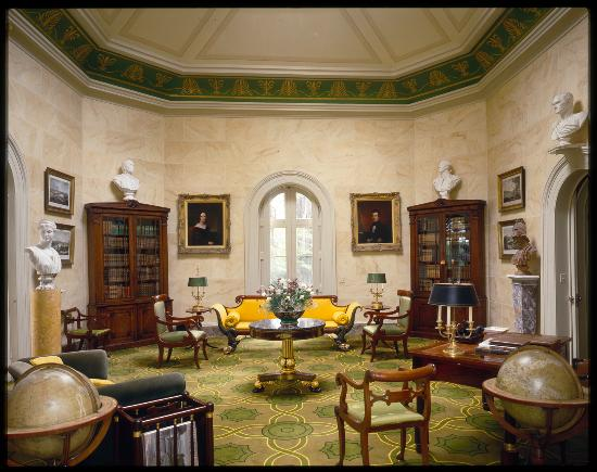 Barrytown, NY: The Octagon Room