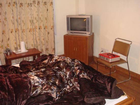 Photo of Hotel Deepwoods Shimla
