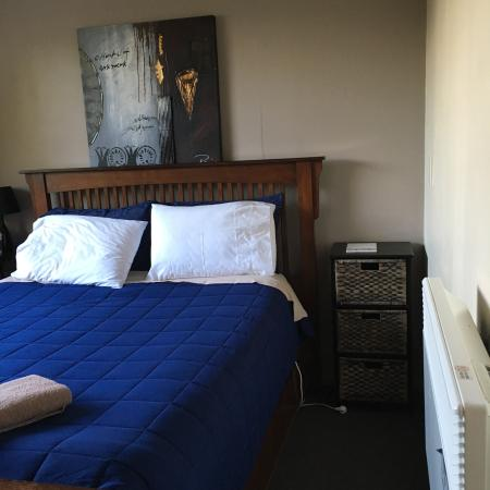 Elizabeth Court Guest House Bed & Breakfast : photo4.jpg